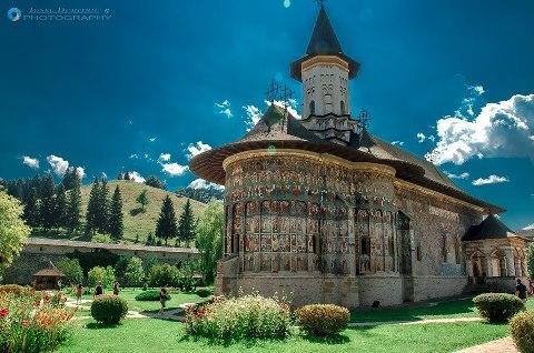 Mănăstirea Voroneţ | Limba, cultura si civilizatie romaneasca - Italia